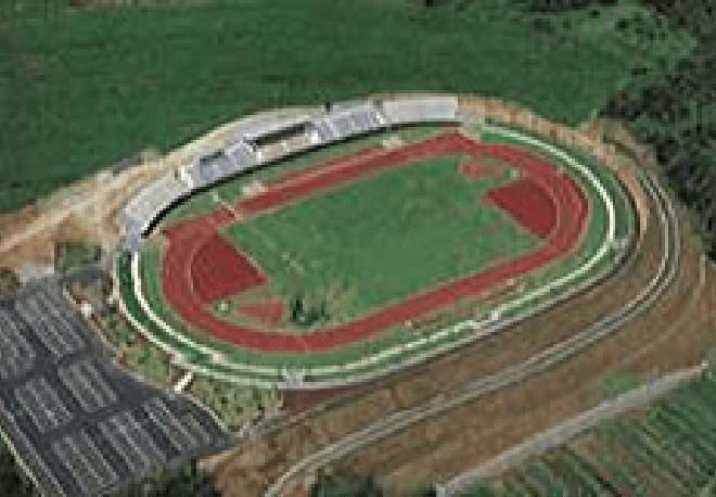 加賀市陸上競技場