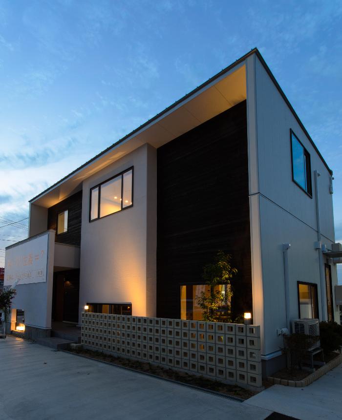 シンプルモダン住宅 R+houseモデルハウス
